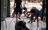 Hưng Yên: Đang làm rõ vụ côn đồ đập phá quầy thuốc, khoan vào chân nhân viên giữa ban ngày
