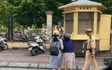 Vụ cán bộ CSGT bị tố kéo ngã 2 phụ nữ đi xe máy: CSGT Hà Nội nói gì?