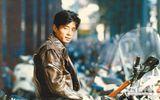 """Chuyện làng sao - Bí ẩn vụ ca sĩ từng sánh vai """"Tứ đại thiên vương"""" Hong Kong bị đầu độc đến mất giọng hát"""