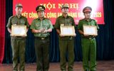 Khen thưởng đột xuất 3 công an xã dũng cảm cứu người trong vụ đốt nhà người tình