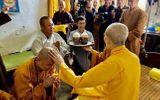 """Sau gần 20 năm """"lèo lái"""" Tôn Hoa Sen, Chủ tịch Lê Phước Vũ xuất gia, tìm hiểu Phật pháp"""