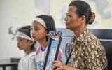 Xử vụ cô gái giết người bằng trà sữa có độc ở Thái Bình: Mẹ nạn nhân gào góc, gọi tên con