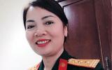Nữ Thượng tá trả lại hơn 1.200 USD của người đàn ông Hàn Quốc đánh rơi