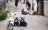 Vụ người phụ nữ bị đâm chết trên đường đi chợ: Camera ghi hình ảnh nạn nhân bị truy sát