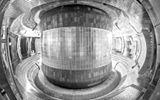 Tin tức công nghệ mới nóng nhất hôm nay 7/8: Pháp bắt đầu lắp ráp lò phản ứng nhiệt hạch khổng lồ