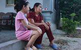 Người mẹ già đi khắp nơi cầu cứu, tối thầm khóc mong con gái tha phương cầu thực sớm trở về