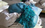 Tin tức - Phát hiện hơn 2 triệu găng tay y tế tái chế chuẩn bị tiêu thụ ra thị trường