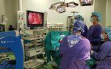 Sức khoẻ - Làm đẹp - Tiêm nâng mông bằng mỡ nhân tạo, cô gái bị sưng nề với hàng trăm khối u