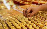 Thị trường - Giá vàng hôm nay 15/8/2020: Giá vàng SJC loạn nhịp, đang đứng mốc 56 triệu đồng/lượng