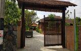 """Choáng ngợp với """"biệt phủ"""" gỗ rộng 1.300 m2 đậm nét hoài cổ giữa lòng thành phố biển Nha Trang"""