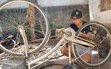 """Ông chủ khách sạn """"hồi sinh"""" những chiếc xe đạp cũ tặng cho trẻ em khó khăn"""