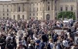 Cảnh sát Đức bắt 300 người, giải tán đám đông biểu tình ở Thủ đô Berlin