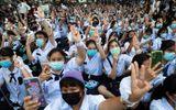 Hàng trăm học sinh, sinh viên Thái Lan ra đường biểu tình đòi cải sách giáo dục