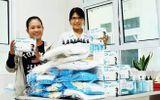 Hội viên phụ nữ vận động, tặng 14.500 khẩu trang chống dịch COVID-19