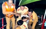 Cứu sống nam thanh niên nhảy cầu Bính lúc nửa đêm vì buồn chuyện gia đình