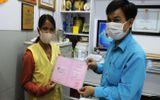 Người bị rắn hổ mang cắn tặng 80 triệu đồng cho bệnh nhân có hoàn cảnh khó khăn