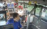 Tin tức thời sự mới nóng nhất hôm nay 12/9/2020: Xác định danh tính người đàn ông phun nước bọt vào nữ phụ xe buýt vì bị nhắc nhở