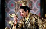 Nhân vật 13 tuổi đã trở thành thái tử, lâm hạnh với nữ tù nhân 25 tuổi để ăn mừng, sau đăng cơ còn lập hẳn 4 hoàng hậu