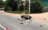 Tin trong nước - Va chạm kinh hoàng giữa xe tải và xe máy, 3 người trong một gia đình thương vong