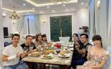 Tin tức giải trí - Bà xã Đăng Khôi chiếm trọn ánh nhìn trong buổi tụ hội tại gia với vợ chồng Dương Khắc Linh - Sara Lưu
