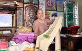 """Gia đình - Tình yêu - Chuyện nghệ nhân bắt cọng sen """"nhả tơ"""" để dệt nên những chiếc khăn độc đáo"""