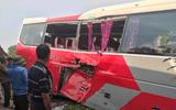 Tin trong nước - Vụ xe chở học sinh bị tàu hỏa đâm: Lái xe cố tình vượt dù đã được cảnh báo