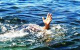 Nghệ An: Theo người lớn đi gặt lúa, hai bé trai ngã xuống ao đuối nước thương tâm
