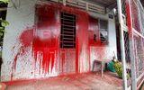 Vụ côn đồ đến nhà người đã chết tạt sơn, đòi nợ: Người phụ nữ 54 tuổi gửi đơn kêu cứu