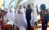 """Video: Chồng âm thầm làm đám cưới với """"tiểu tam"""", vợ địu con đến """"xử đẹp"""""""