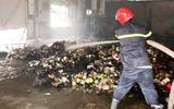 TP.HCM: Kho hàng công ty trên đường Bùi Công Trừng cháy lớn, thiêu rụi nhiều tài sản