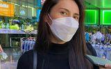 Fan Thủy Tiên mang theo cần câu và khăn LV đến sân bay đón thần tượng