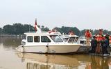 Tin trong nước - Bàn giao ca nô công suất lớn phục vụ cứu hộ, cứu nạn cho công an Thừa Thiên - Huế