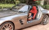 """Cộng đồng mạng - Bị chỉ trích vì lái Rolls Royce tới trường đón con, phụ huynh đáp trả khiến tất cả """"câm nín"""""""