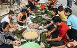 Tin trong nước - Người dân TP.HCM nấu 5.000 bánh chưng, bánh tét gửi vùng lũ miền Trung