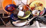 Sức khoẻ - Làm đẹp - 4 thói quen khi rửa bát làm tăng vi khuẩn, cơ thể ngấm dần hóa chất, bệnh tật dồn dập tìm đến