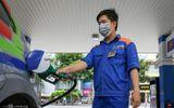 Giá xăng giảm xuống dưới 15 nghìn đồng/lít