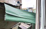 Tin trong nước - Tin bão số 9: Giật cấp 12 đang càn quét Quảng Nam- Bình Định, đêm nay miền Trung mưa rất lớn