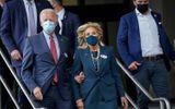 """Tin thế giới - Bầu cử Mỹ 2020: Vợ chồng đại diện đảng Dân chủ bỏ phiếu sớm tại """"sân nhà"""""""