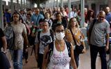 """Tin thế giới - Dịch COVID-19 ngày 30/10: Thế giới trải qua ngày """"siêu lây nhiễm"""" với hơn nửa triệu ca nhiễm mới"""