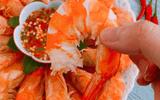 Ăn - Chơi - Luộc tôm cho 4 nguyên liệu này, đảm bảo tôm vừa ngọt lại không tanh
