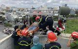 Đà Nẵng: Thi công chống thấm mái nhà sau bão, nam công nhân bị điện giật tử vong