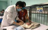 Sức khoẻ - Làm đẹp - Số trẻ nhỏ bị viêm hô hấp do nhiễm virus RSV lây qua hôn hít tăng gấp 3
