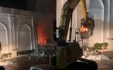 Hiện trường vụ cháy kinh hoàng quán bar X5 ở Vĩnh Phúc, 3 cô gái trẻ tử vong