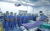 Huy động 150 bác sĩ, 12 bàn mổ cùng lúc lấy, ghép tạng hồi sinh cho 6 bệnh nhân