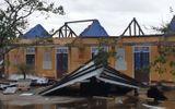Bão số 13 đổ bộ miền Trung: Nhà cửa ngổn ngang, 411.000 khách hàng mất điện