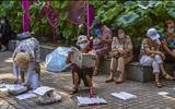 """Đời sống - Khu chợ mai mối tại Trung Quốc tấp nập người già tới """"quảng cáo"""" con cái"""