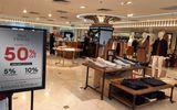 Kinh doanh - Ngày Black Friday ở Hà Nội: Trầm lắng dù nhiều hàng hiệu giảm giá sâu