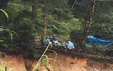 Tin trong nước - Lâm Đồng: Hàng trăm người tìm kiếm 2 nạn nhân bị lũ cuốn mất tích