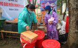 Ấm lòng chợ phiên 0 đồng giúp người nghèo vượt khó sau lũ