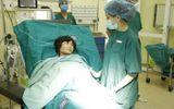 Tin tức đời sống mới nhất ngày 3/12: Sản phụ ung thư mổ sinh ở tư thế ngồi